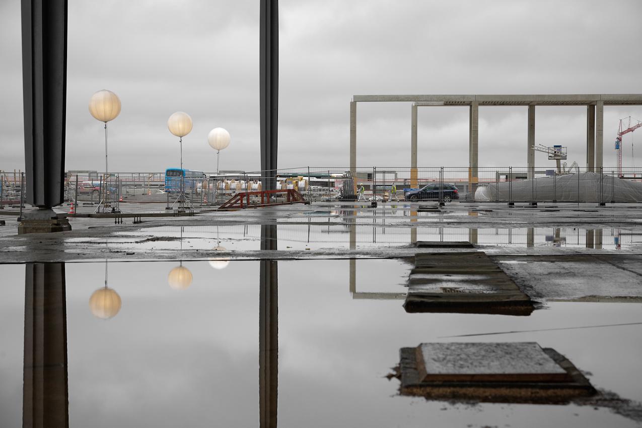 7 Mai 2010, Richtfest Flughafen Berlin Brandenburg International in Schoenefeld. Traeger des neuen Terminalgebaeudes.