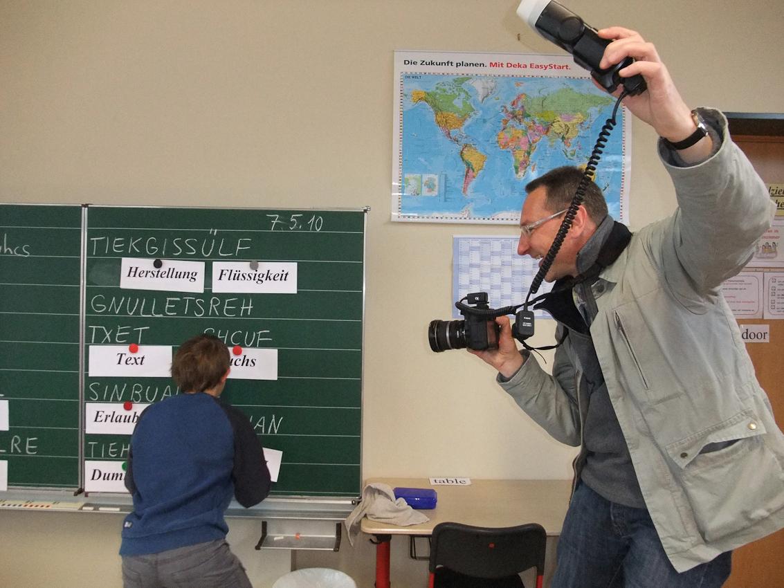Peter Schinzler: Markus im Deutschunterricht der Grundschule Immenreuth in der 4.Klasse an der Tafel.