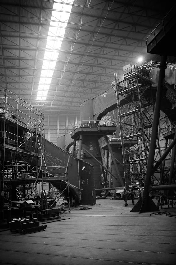 In der Montagehalle der Cuxhaven Steel Construction GmbH werden die stählernen Stützkreuze für Offshore-Windkraftanlagen geschweißt. Die CSC GmbH verarbeitet pro Jahr rund 40.000 Tonnen Stahl.