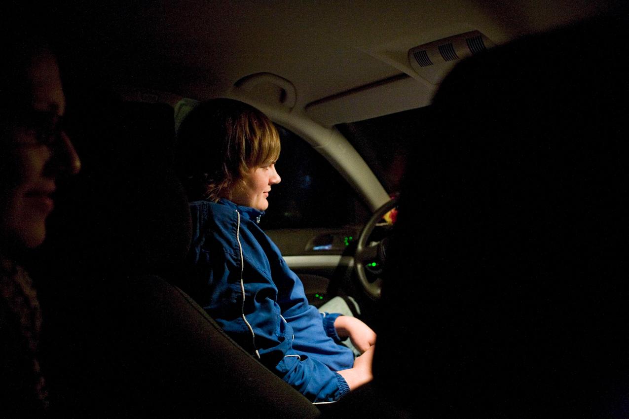 Lisa, Tobias und Oliver, Jugendliche aus den angrenzenden Ortschaften kommen regelmaessig zu Vorstellungen ins Autokino.