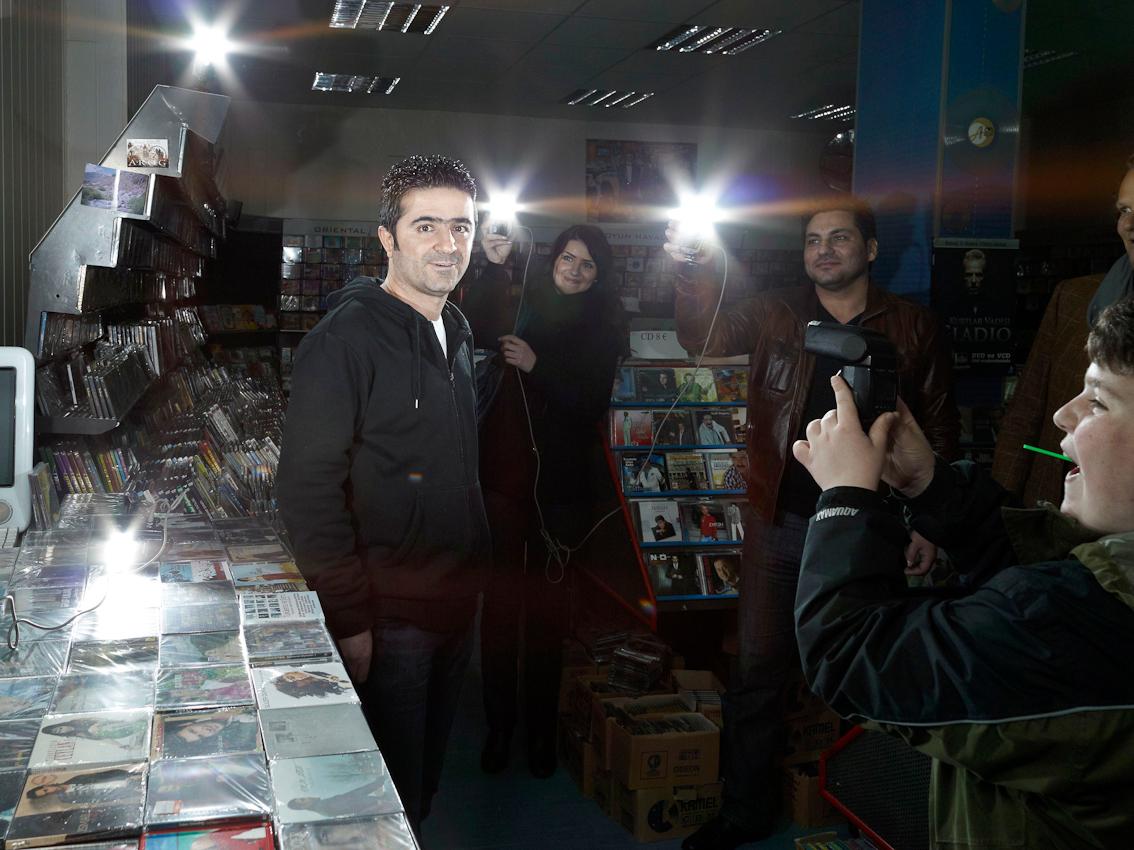 Hasan Emektur arbeitet im Plattenladen Musik Gala.