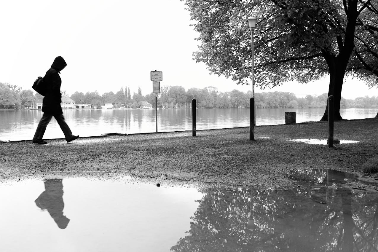 Spaziergängerin am Maschsee.